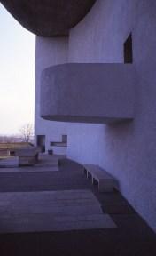 ronchamp-chapel-by-le-corbusier-89_stephen-varady-photo