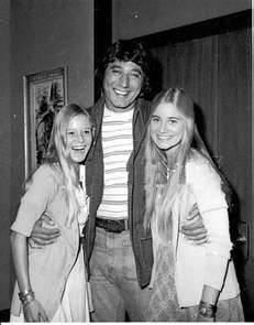 Joe & The Brady Girls
