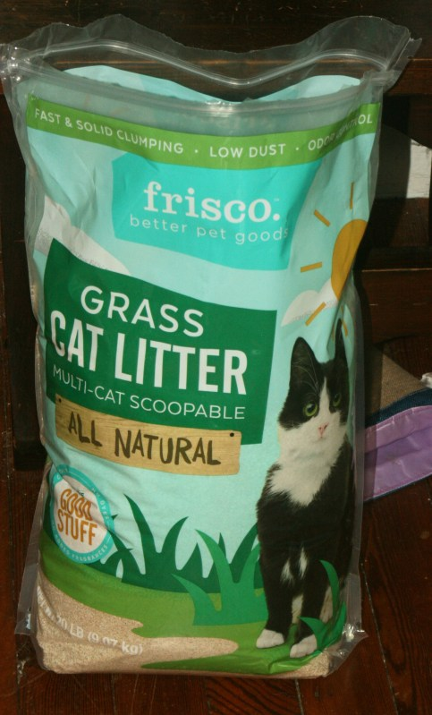 Chewy Influencer: Frisco All Natural Grass Clumping Cat Litter