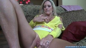 MILF StepMom Jodi West Masturbates in Yellow top