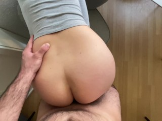 amateur stepmom masturbates in her riding pants