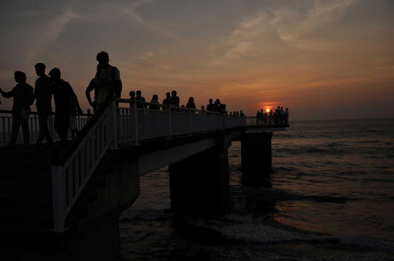 Colombo… the bazar and the sea