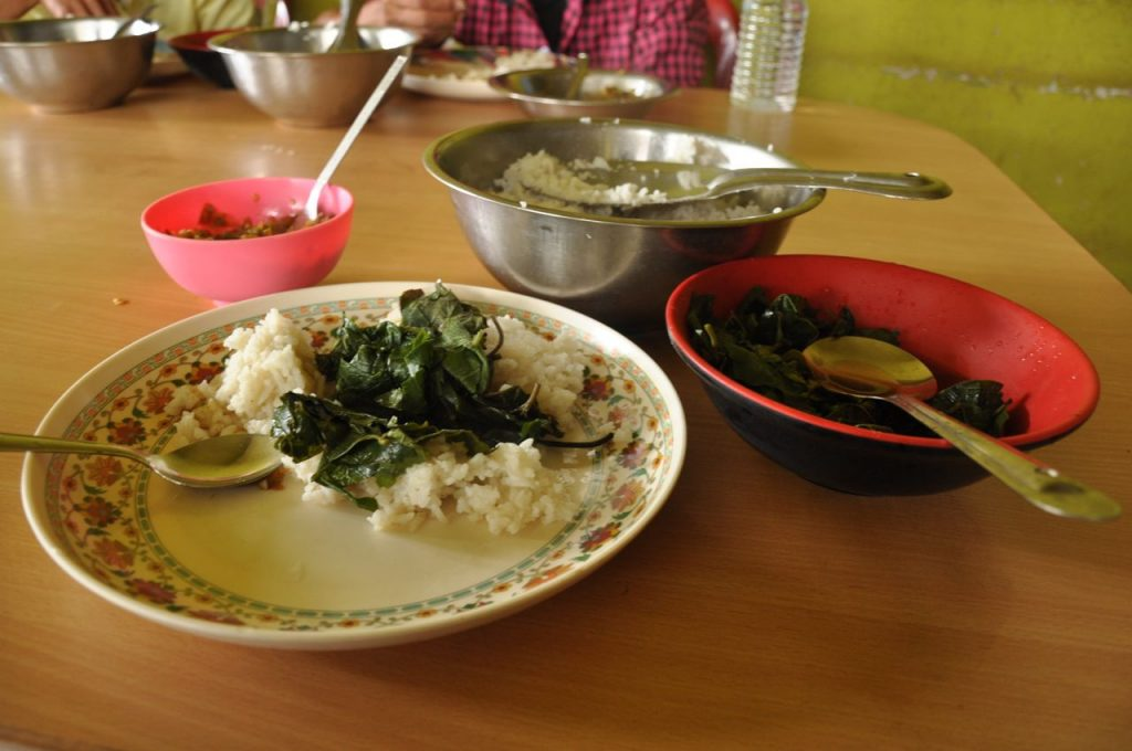 But in the small villages or in more remote areas as Mon, there is not much more to eat than rice and some boiled greens, seasoned with a fermented and spicy vegetables.