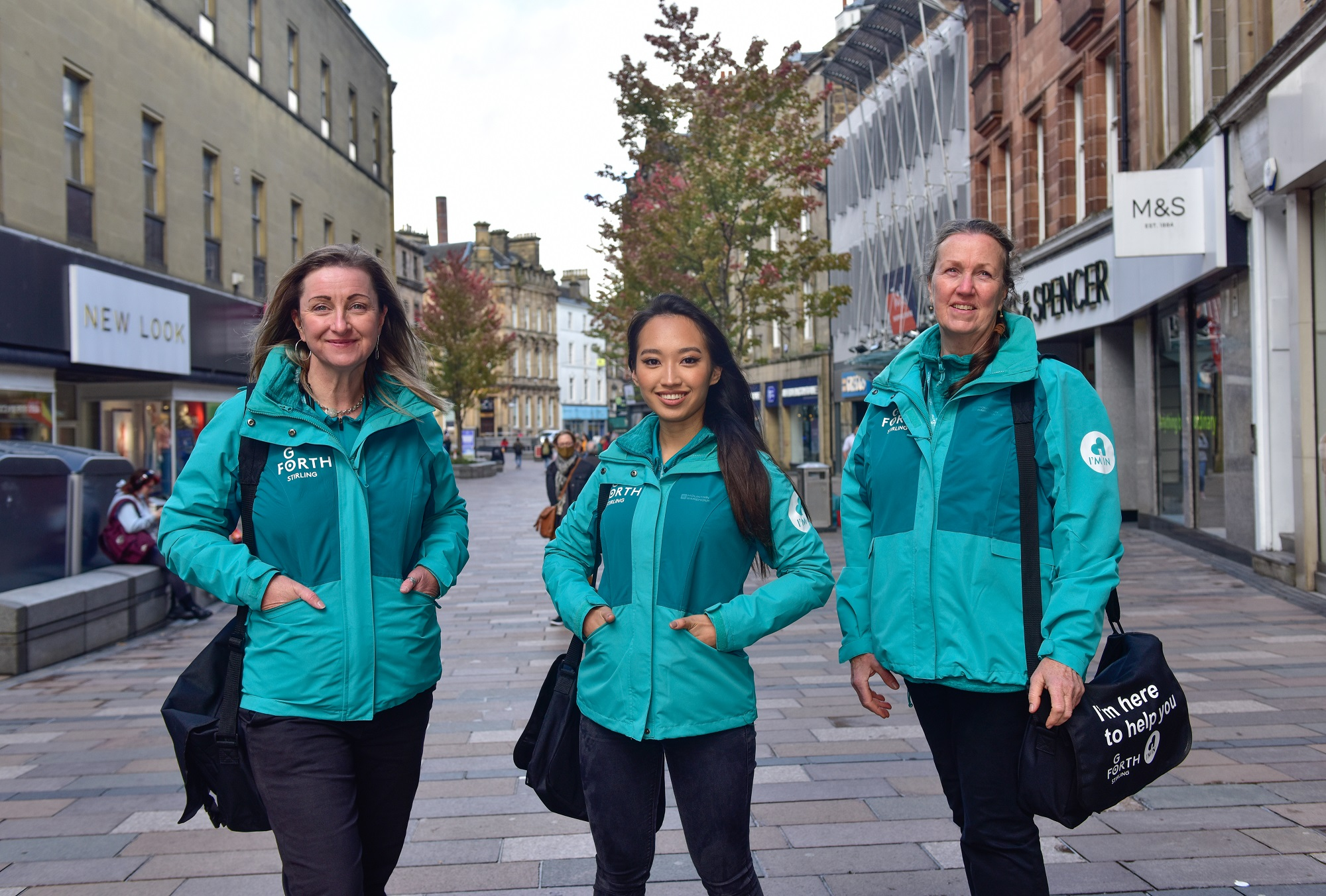 A team of Ambassadors has taken to the streets of Stirling to provide a warm and informed welcome to visitors and promote the city centre.  The scheme, launched by Go Forth Stirling BID, sees Ambassadors patrolling the city to liaise with business owners and provide information and advice to visitors, residents and workers.