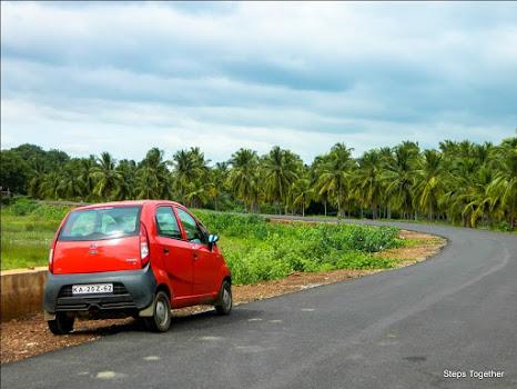On the Way to Shravanabelagola