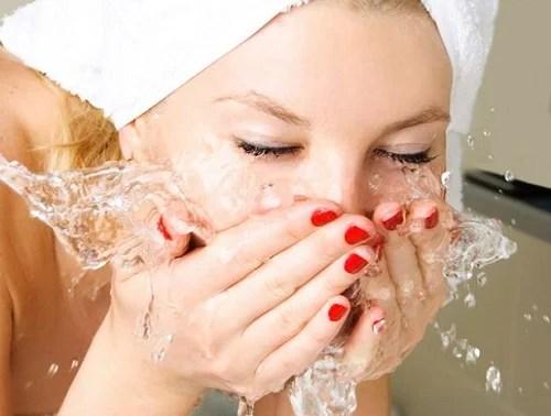 Moisturize Your Skin With Aloe Vera