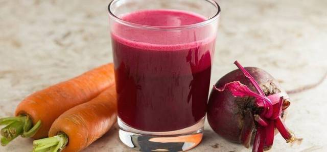 Beet and carrot juice