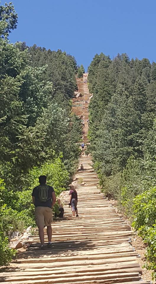 image of more climbers at Manitou Inline Colorado June2018