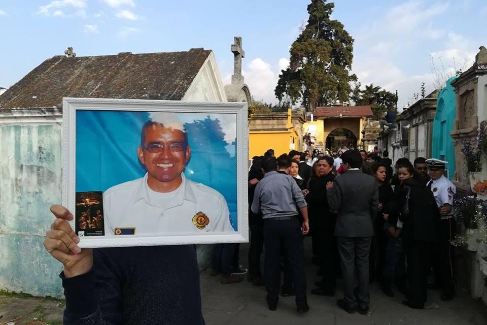 Un año sin el oficial de Bomberos Voluntarios, Ciro Camey.