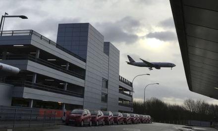 Gran Bretaña: Reabre aeropuerto de Gatwick tras cierre por presencia de drones
