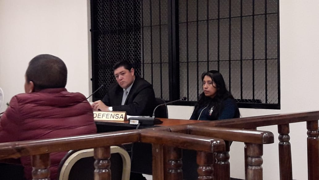 Condenada por intentar ingresar teléfonos a prisión