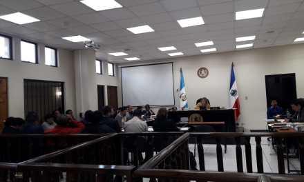 Exfuncionarios municipales y empresarios citados acuden a primera declaración en caso de corrupción