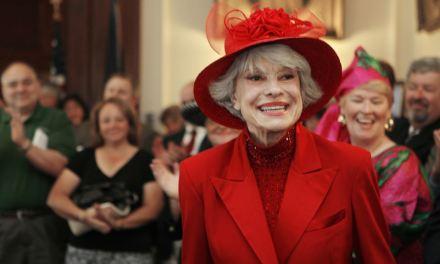 Muere a los 97 años Carol Channing, la estrella del musical de Broadway «Hello Dolly!»
