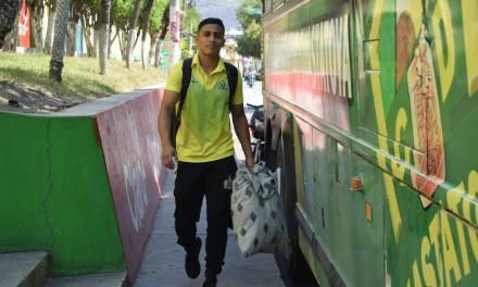 Guastatoya ya viaja para visitar al cumpleañero