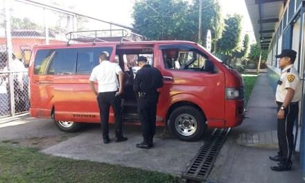 ¿Quién es la pasajera asesinada en microbús?