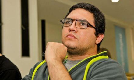 Venezuela: Detienen a periodista venezolano y allanan su vivienda