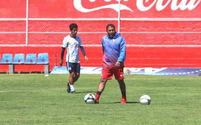 Lacho dirige su primer entreno como DT en Xelajú