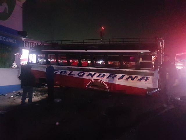 Exceso de velocidad y alcohol. El accidente de bus en la autopista Los Altos