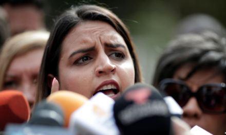 Hija del vicepresidente de Asamblea Nacional de Venezuela exige su liberación