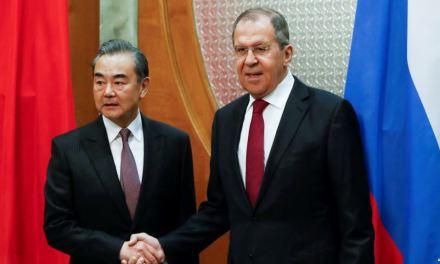 Cancilleres de China y Rusia acercan posiciones sobre temas globales como crisis en Venezuela