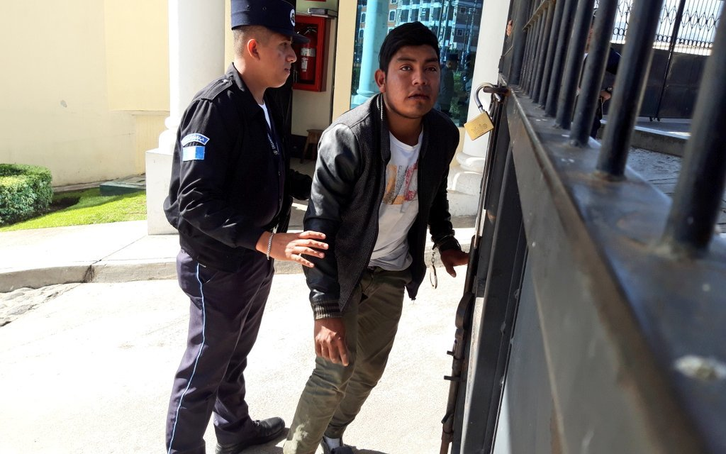 Presunto asaltante llevaba el teléfono de víctima