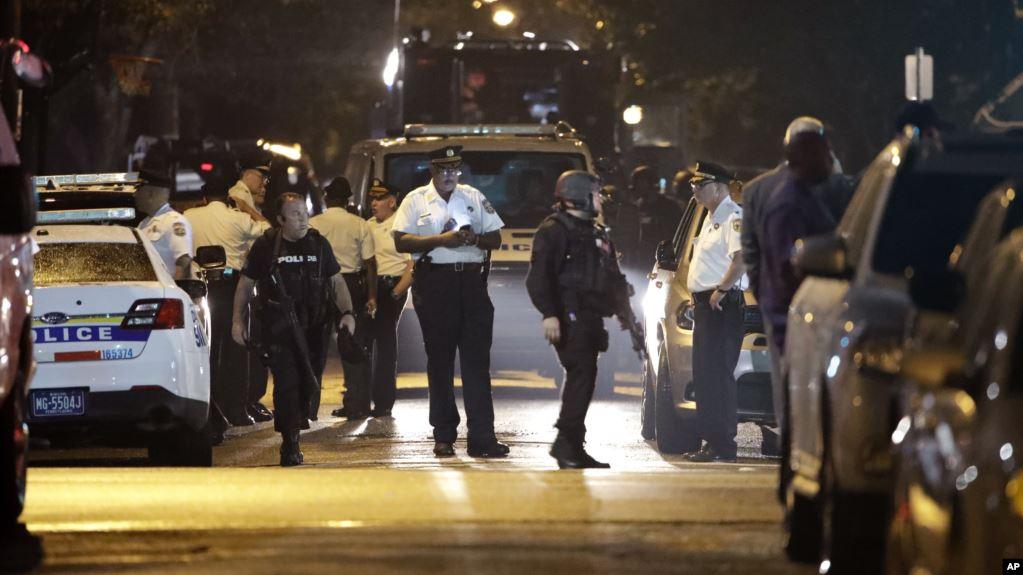 Trump pide «larga sentencia» para hombre armado que hirió a seis policías en Filadelfia