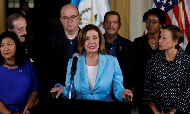 Pelosi preocupada por acuerdo de Trump con Guatemala