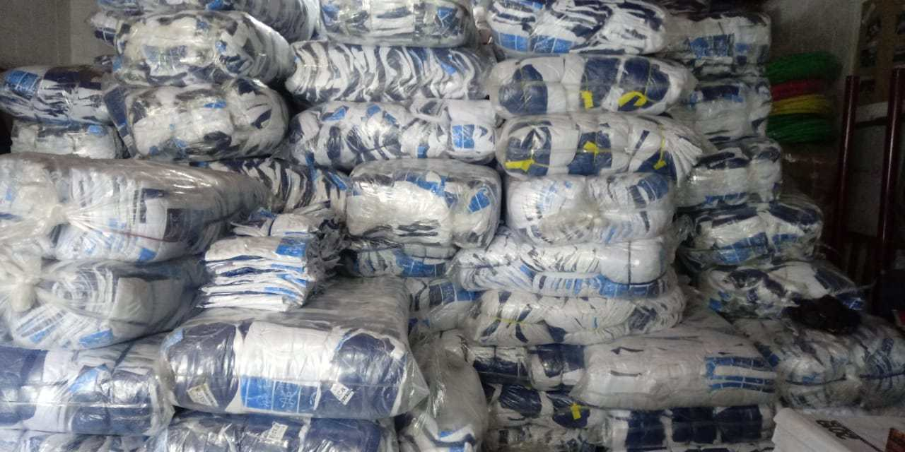 Proceso de entrega de uniformes en Quetzaltenango, con retraso