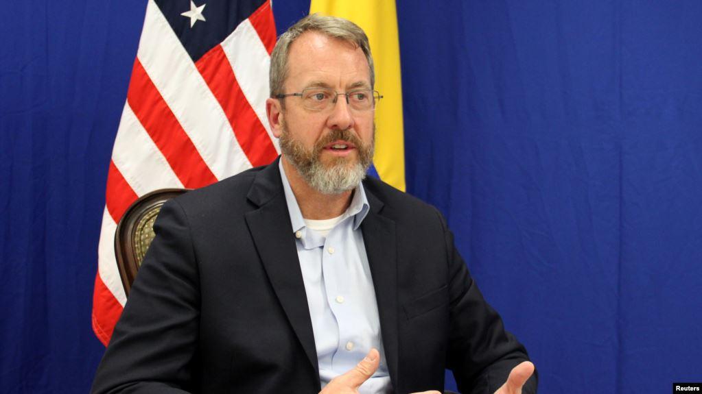 Diplomático EE.UU.: «No queremos una intervención militar sino una salida pacífica en Venezuela»