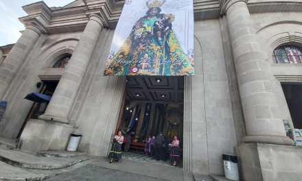 Hoy trasladan al Altar Mayor de catedral a la Virgen del Rosario