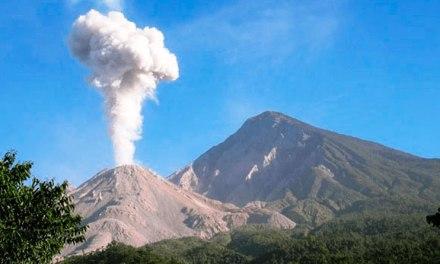 Volcán Santiaguito podría aumentar actividad