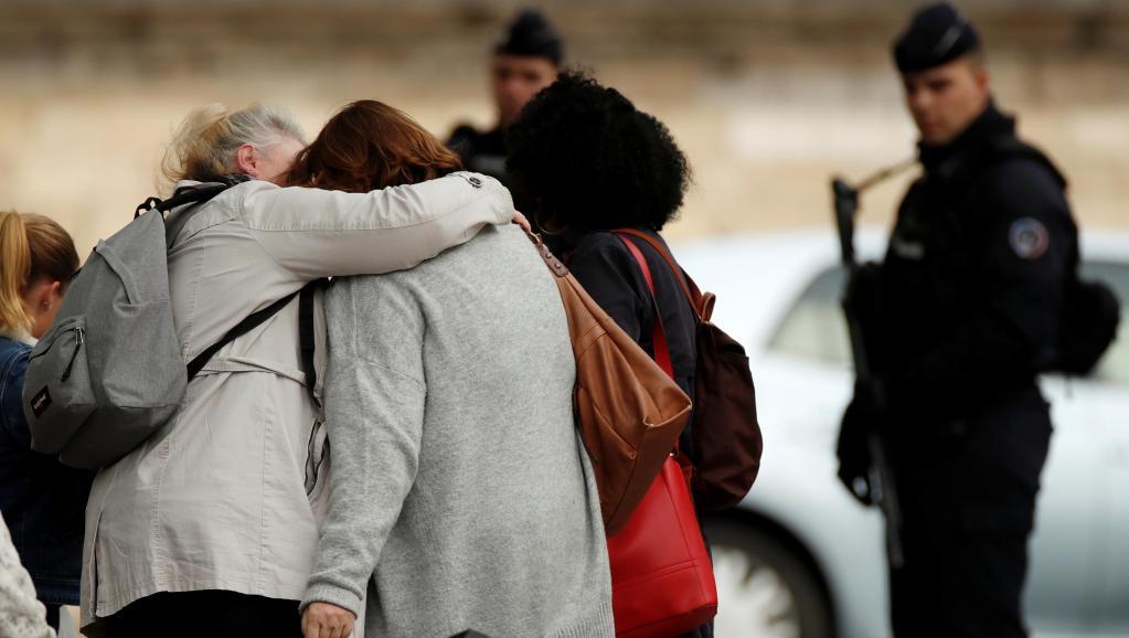 Ataque en la prefectura de París: un fallo en el corazón de seguridad