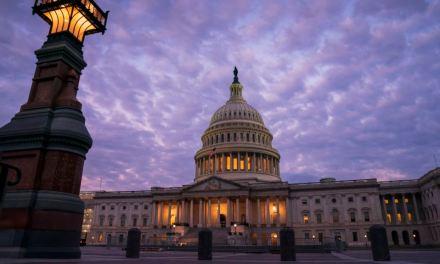 Cámara de Representantes busca aprobar resolución sobre proceso de juicio político a Trump