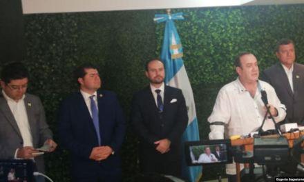 """Giammattei califica a Venezuela como un """"narcoestado"""""""