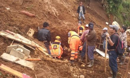 Mueren tres niños y un adulto en deslizamiento en Huehuetenango