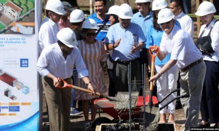 Embajador de EE.UU. en El Salvador inaugura obra de infraestructura