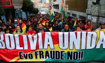 Bolivia: Sube la tensión con paro indefinido y presión de comités cívicos para que Morales renuncie