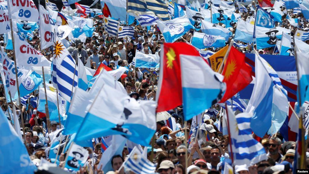 Uruguay: Comienza la transición tras las elecciones