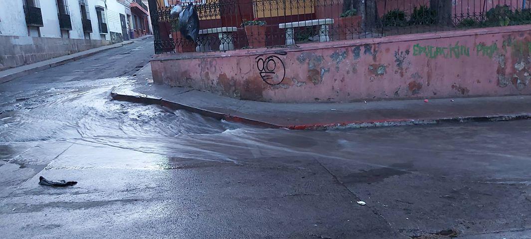 Zona 1 de Xela sin servicio de agua entubada