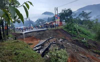 Deslave de tierra deja varias comunidades incomunicada den las Verapaces