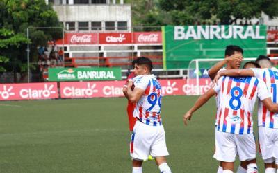 Xelajú finiquitó la serie en Malacatán y avanza con categoría a semifinales