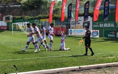 Xelajú consigue empate en Guastatoya y deja abierta la llave semifinal