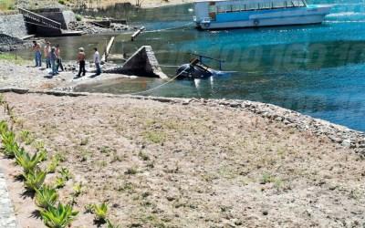Helicóptero se desploma en el lago de Atitlán