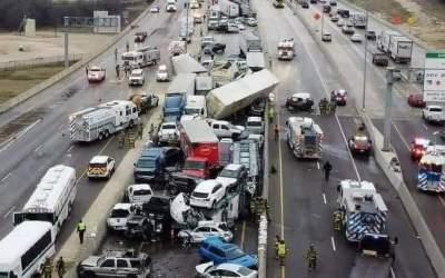 Así quedó grabado el accidente de más de 70 vehículos que dejó seis muertos y decenas de heridos en Texas