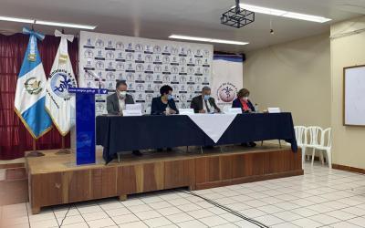 ¿Cuál es la ocupación de hospitales en Quetzaltenango que atienden a pacientes con COVID-19?