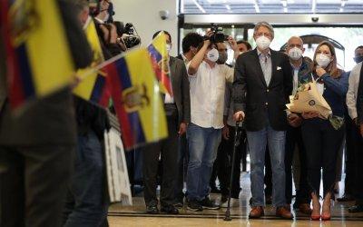 Presidente electo de Ecuador propone cambios para dinamizar la economía