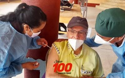 Sacerdote jesuita y antropólogo guatemalteco, Ricardo Falla, se vacunó hoy en Totonicapán