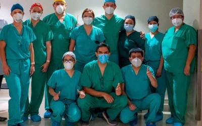 Logran en Xela, la primera corrección de espina bífida dentro del útero de la madre que se realiza en Centroamérica