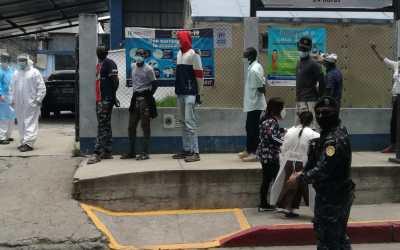 Interceptan en Quetzaltenango a inmigrantes caribeños y africanos