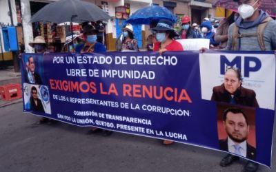 Guatemaltecos exigen la renuncia del presidente Giammattei y de la Fiscal General Porras